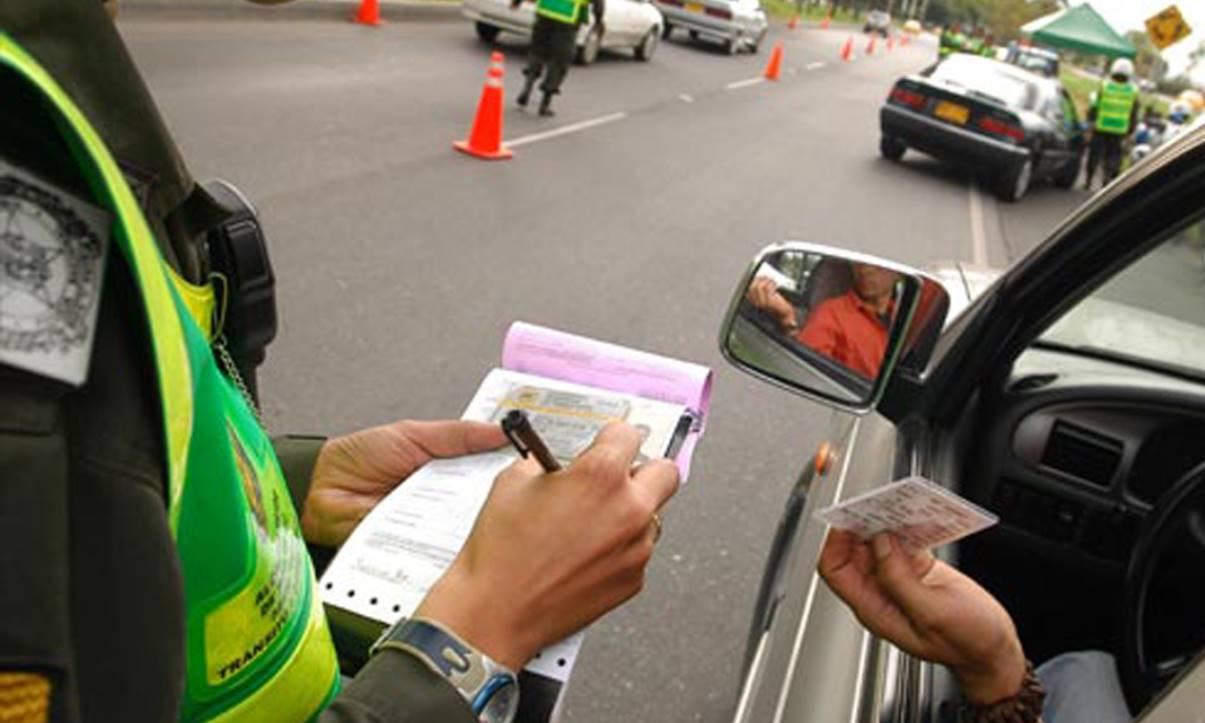 COVID-19: PL prevê suspensão da cobrança de multas de trânsito